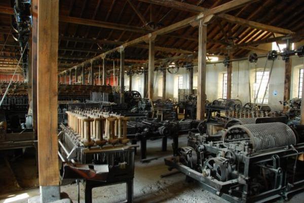 8-oude-textielfabriek-in-edessa200B4001-39AA-1D46-8B43-2BA00A9ECE72.jpg