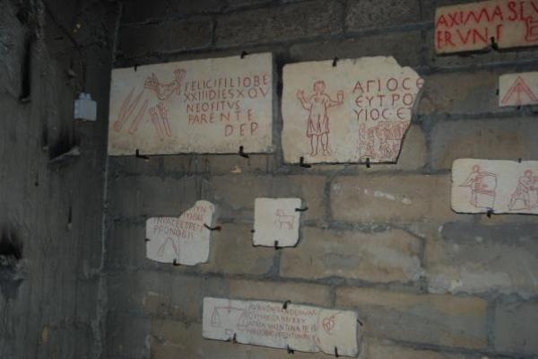 9-valkenburg-catacomben2D6D4454-5E1D-E17E-087F-2DA31336FDF4.jpg