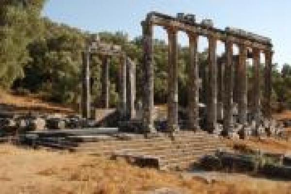 12-tempel-van-zeus-euremosA2BDB231-899A-9CCB-181A-CA0C3AC2D928.jpg