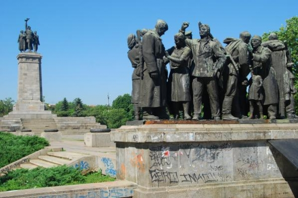 04-monument-voor-het-sovjetleger-in-sofia1AB95DD8-2D3A-1172-13E1-1CF4E8ACA510.jpg