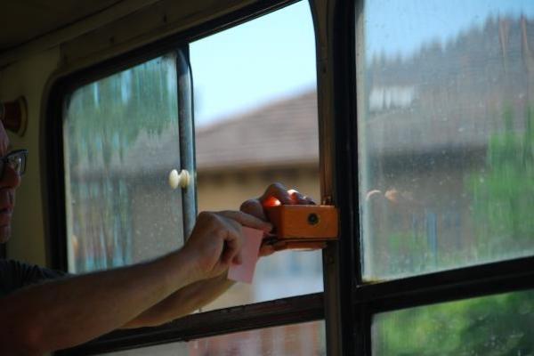 15-tramkaartje-knippen8C70E549-8944-D9ED-C364-45CB9BB34685.jpg