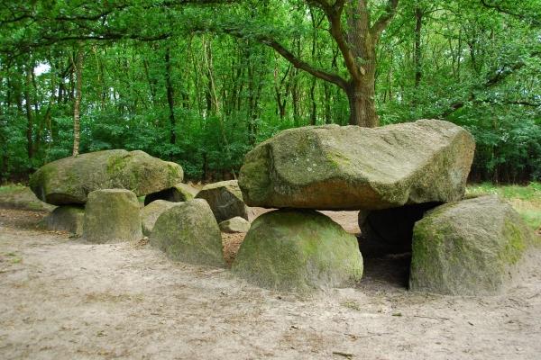 dolmen-duitsland4D002447-643A-B015-D793-0BFAF89FC8AB.jpg